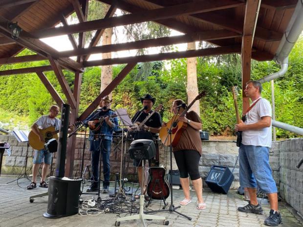 Letní hudební akce v Nautilu