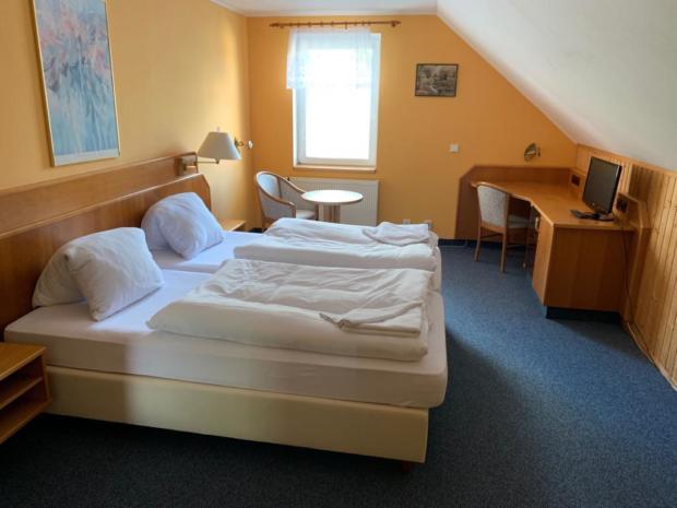 01: Hotelové pokoje
