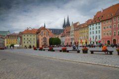 Historické domy na náměstí Krále Jiřího z Poděbrad