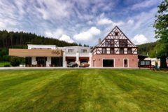 Golf a wellness resort Cihelny
